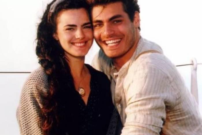 Thiago Lacerda e Ana Paula Arósio em imagem de divulgação da novela Terra Nostra