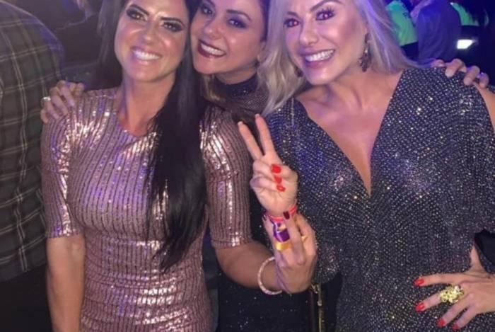 Graciele Lacerda, Marcia Alves e Poliana Rocha