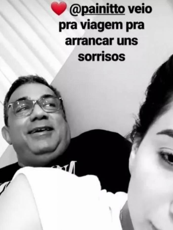 Cantora publicou foto com o pai em seu Instagram