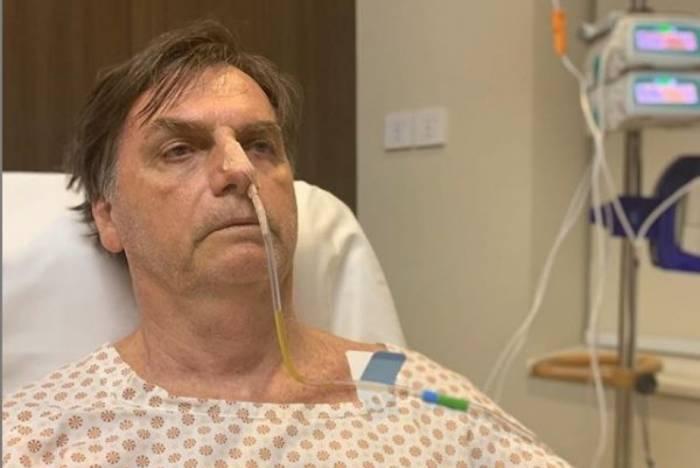 Bolsonaro retoma o cargo nesta sexta-feira, após cirurgia para corrigir hérnia