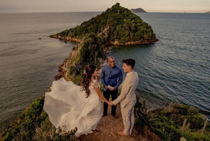 Elopment Wedding consiste em realizar um casamento mais reservado, a dois