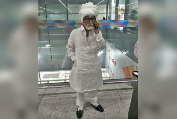 Homem é pego tentando se passar por idoso em aeroporto na Índia