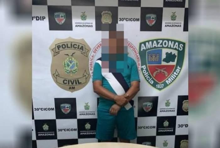 Pai foi preso por vender drogas para pagar dívida de filho com o tráfico