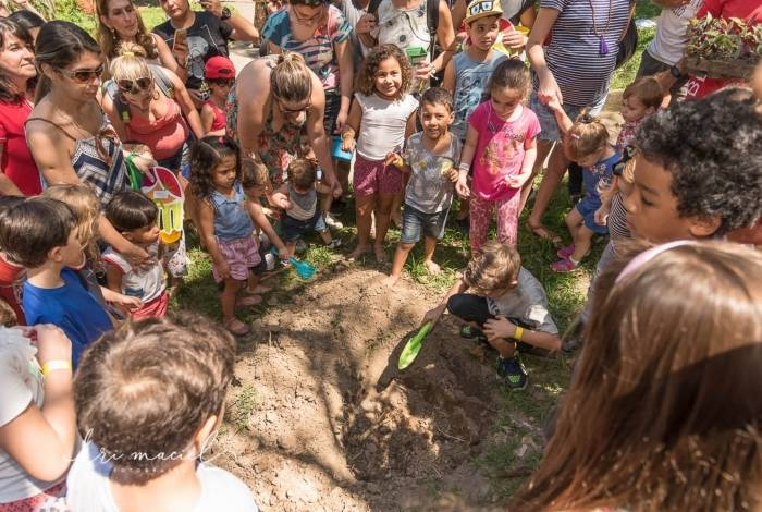 Piquenique Brincar, Sorrir e Plantar: dia 22 no Parque Guinle, em Laranjeiras