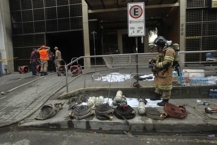 Incêndio no Hospital Badin, em Vila Isabel, deixou onze mortos