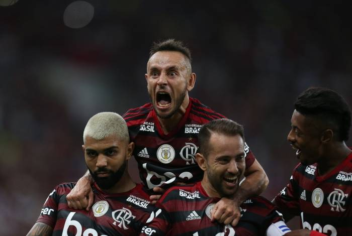 Gabigol, Rafinha, Everton Ribeiro e Bruno Henrique: Mengão se mantém 100% nos jogos em casa no Brasileiro