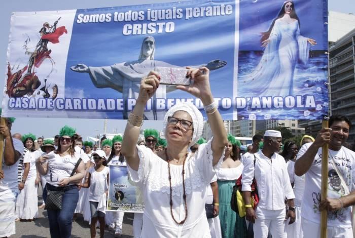 12ª Caminhada em Defesa da Liberdade Religiosa reuniu diversas religiões, como budistas, evangélicos, católicos, umbandistas, candomblecistas, ciganos e kardecistas