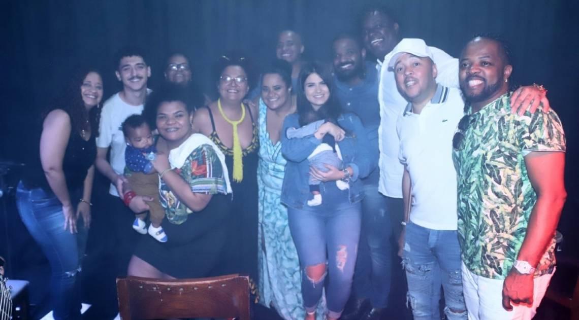 Arlindinho Cruz faz show em homenagem ao pai
