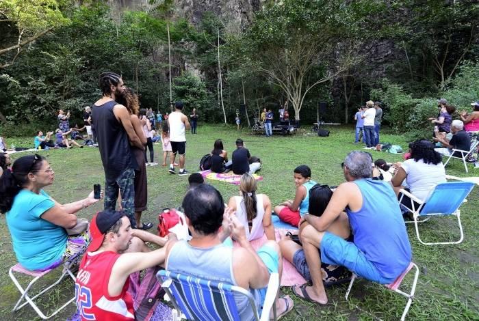 Artistas se apresentam gratuitamente no Parque Natural Municipal