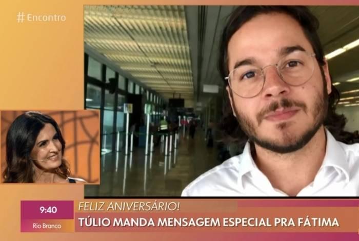 Túlio Gadelha faz surpresa para Fátima Bernardes no 'Encontro'