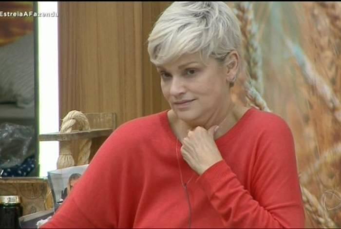 Andréa Nóbrega não gostou do apelido que ganhou de Tati Dias
