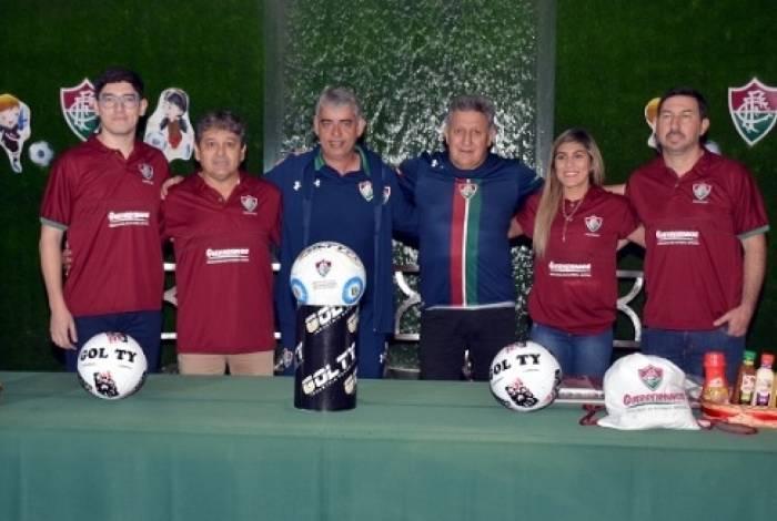 Fluminense inaugura escolinha