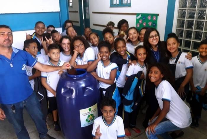 Cidade do Sul Fluminense intensifica programa de coleta de óleo vegetal usado nos colégios municipais