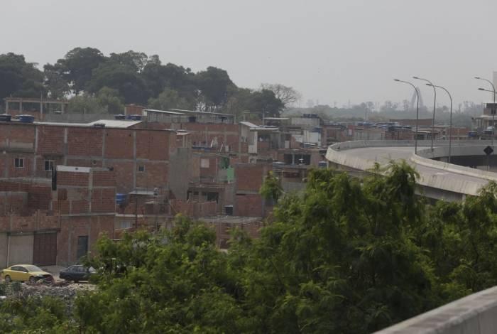 Na Maré, painel aponta 110 mortes por covid, enquanto prefeitura ainda contabiliza 83