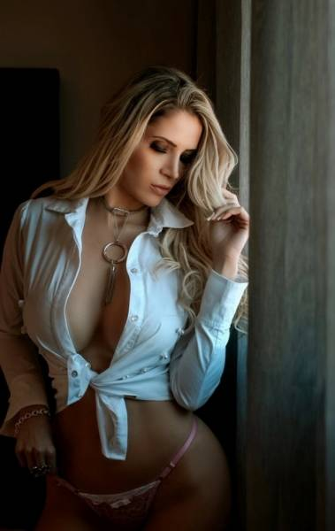 Carla Cristal