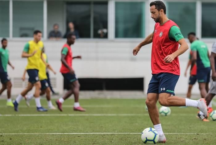 Nenê ganhou espaço na equipe titular com o técnico Oswaldo de Oliveira