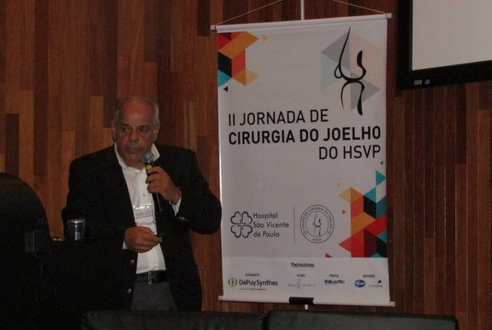 Coordenador do grupo de joelho do HSVP, cirurgião Alfredo Villardi,