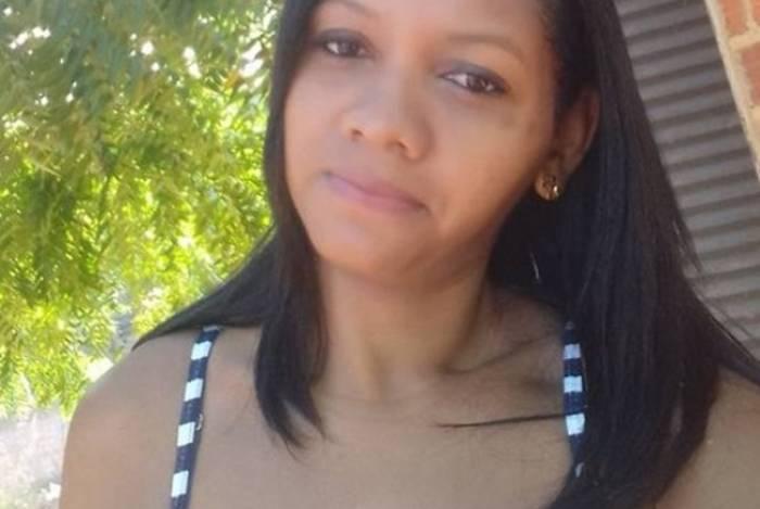 Laysse da Silva Carvalho foi morta a facadas na madrugada de sexta-feira (20); o suspeito foi preso pela Polícia Militar