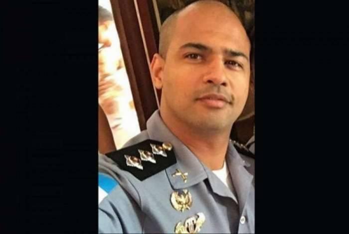 Capitão Estefan Contreiras foi baleado enquanto chegava no trabalho