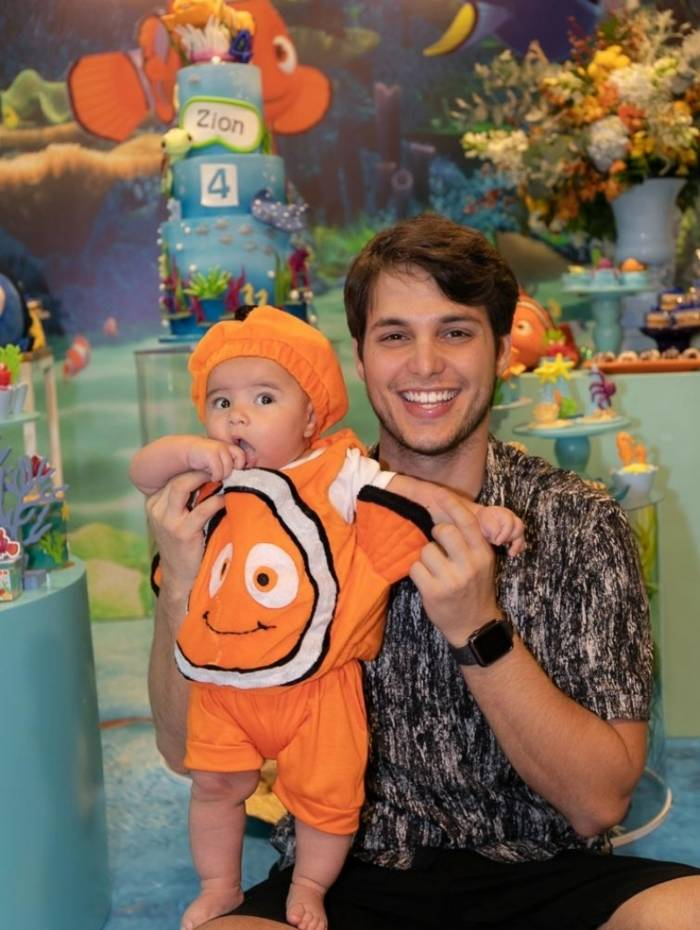 Jade Seba e Bruno Guedes comemoram 4 meses do filho Zion