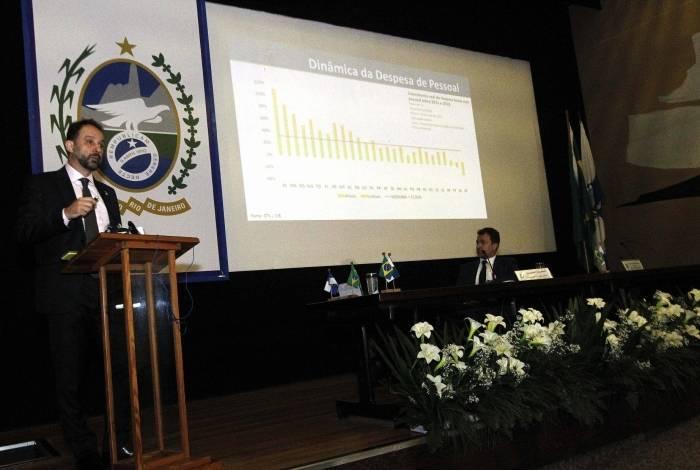 Secretaria de Fazenda, comandada por Luiz Cláudio Carvalho, entregou estudo de compensação financeira ao conselho