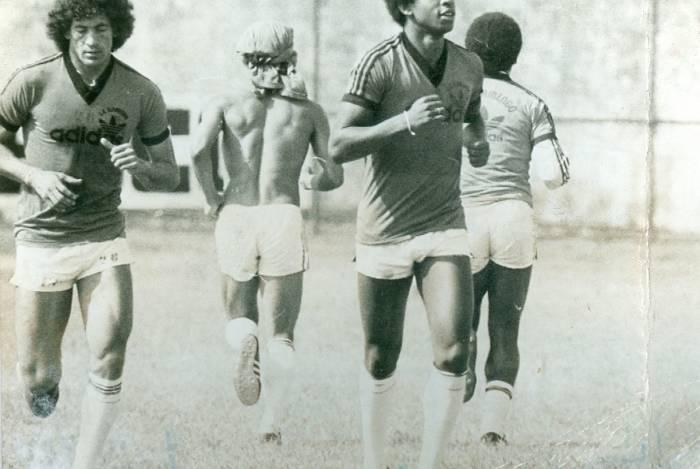 Andrade, jogador de futebol. Periodos fevereiro 1979 a julho de 1997.