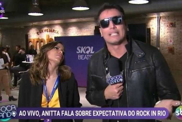 Anita dá entrevista para Leo Dias