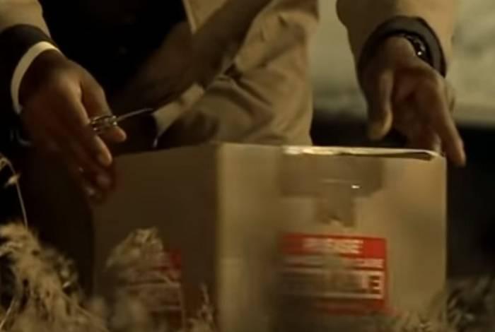 Carmen M. está sendo investigada após amiga denunciar caixa que ela estava guardando uma cabeça humana em decomposição