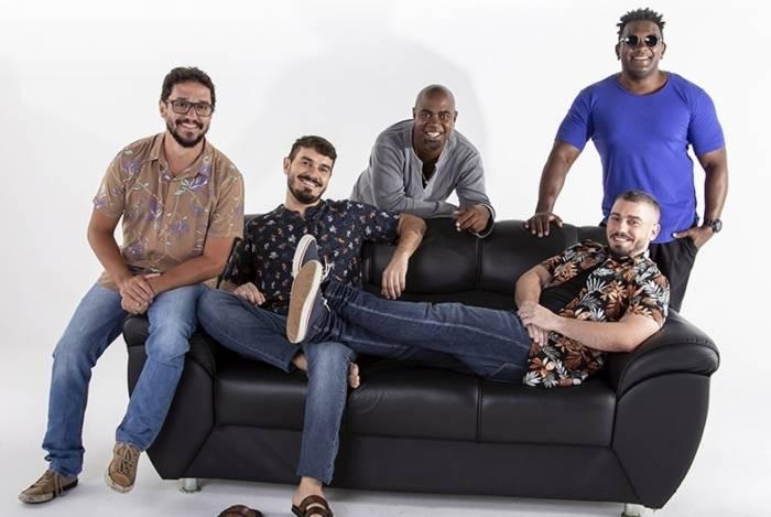 Galocantô faz show gratuito em quiosque no Parque dos Patins