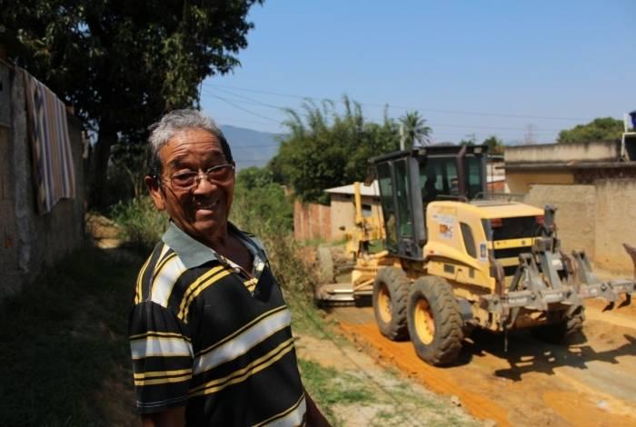 O  José Ribamar Rodrigues Alves, de 71 anos, aguarda ansioso o final das obras