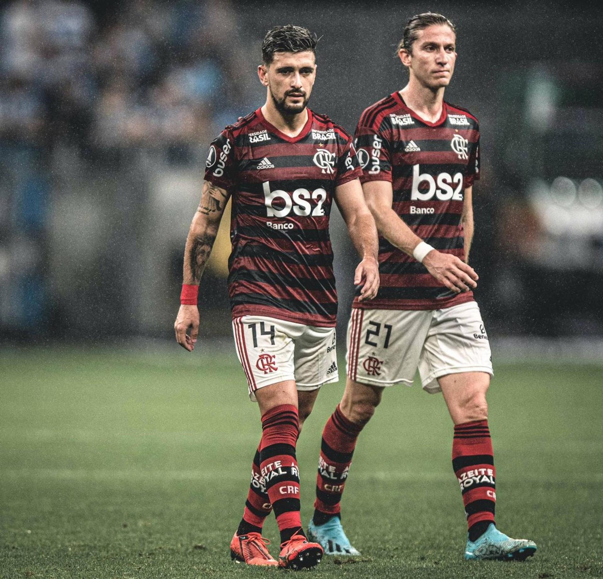 Arrascaeta e Filipe Luís são preparados para o jogo de volta da Libertadores; Diego deve retornar nesta quarta