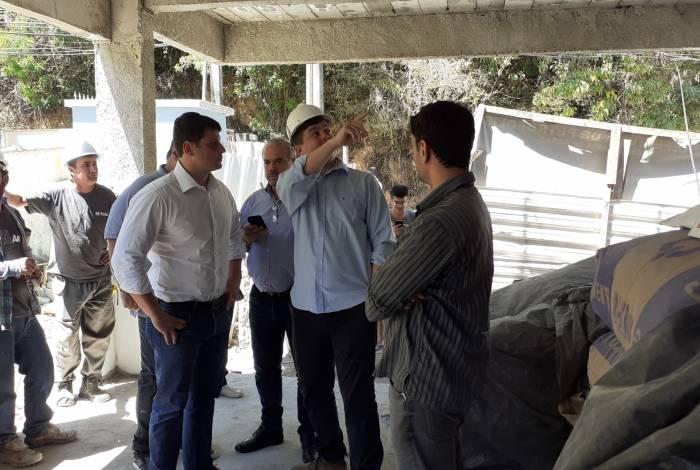 Prefeito Bernardo Rossi visitou as obras do Centro Educacional Infantil