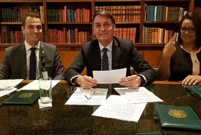 Presidente Bolsonaro em sua live semanal