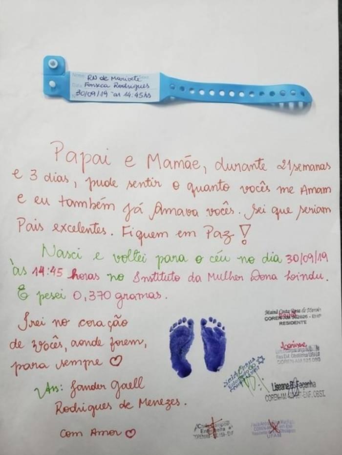 Foto da carta foi compartilhada pelo estudante de medicina Marcelo Pereira, que estagia na maternidade do hospital