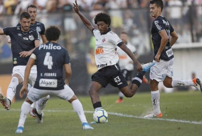 Vasco perdeu para o Santos em São Januário