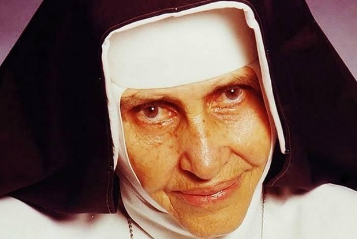 Irmã Dulce é uma das religiosas baianas mais populares do Brasil e se tornará santa