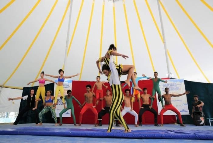 Participantes da Escola de Circo Unicirco, do ator e circense Marcos Frota, vão mostrar sua arte