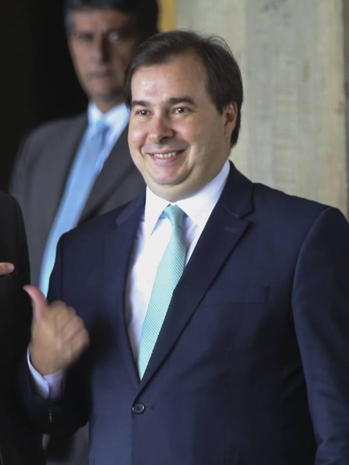 Rodrigo Maia atendeu a prefeitos do partido que disputarão a reeleição