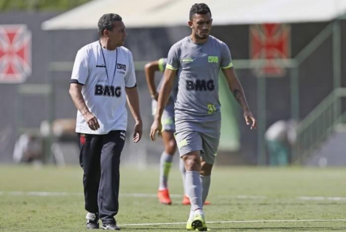 Raul é opção e pode reforçar o Vasco contra o Ceará após três rodadas fora