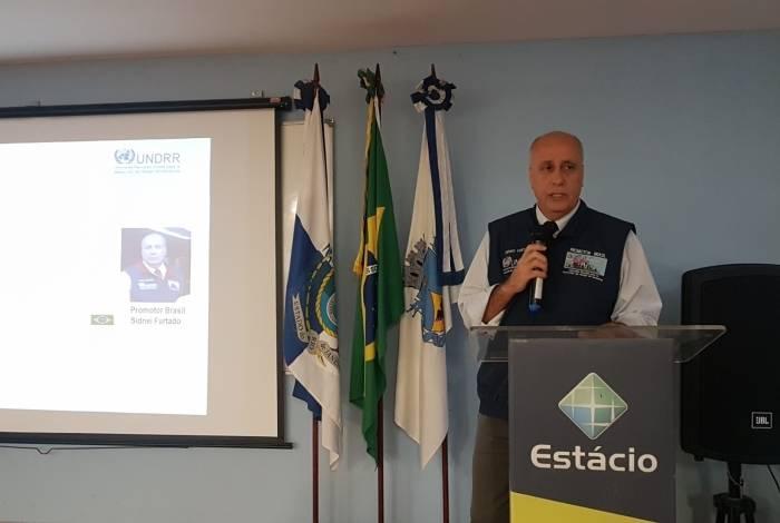 Sidnei Furtado participou da abertura do Colóquio de Defesa Civil