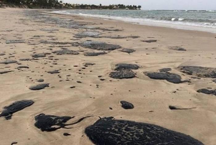Primeiras manchas foram localizadas no litoral nordestino no início de setembro