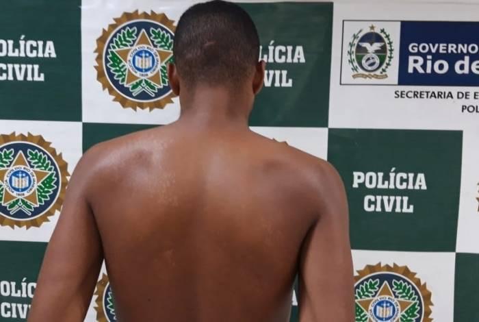 Suspeito foi preso na tarde desta terça-feira em Mesquita