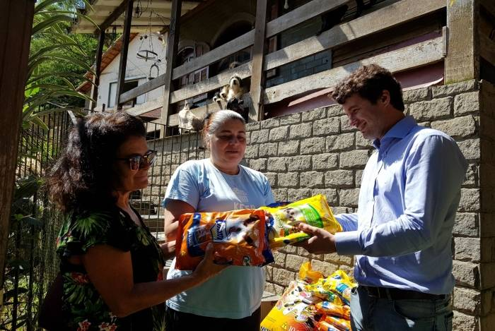 Procon Petrópolis vem recebendo doações de ração