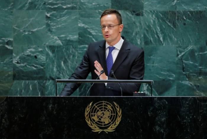 Chanceler da Hungria, Péter Szijjártó