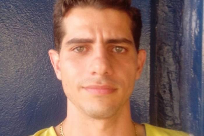 O policial militar ambiental Lúcio Roberto Queiroz Silva assassinou a mulher e o suposto amante