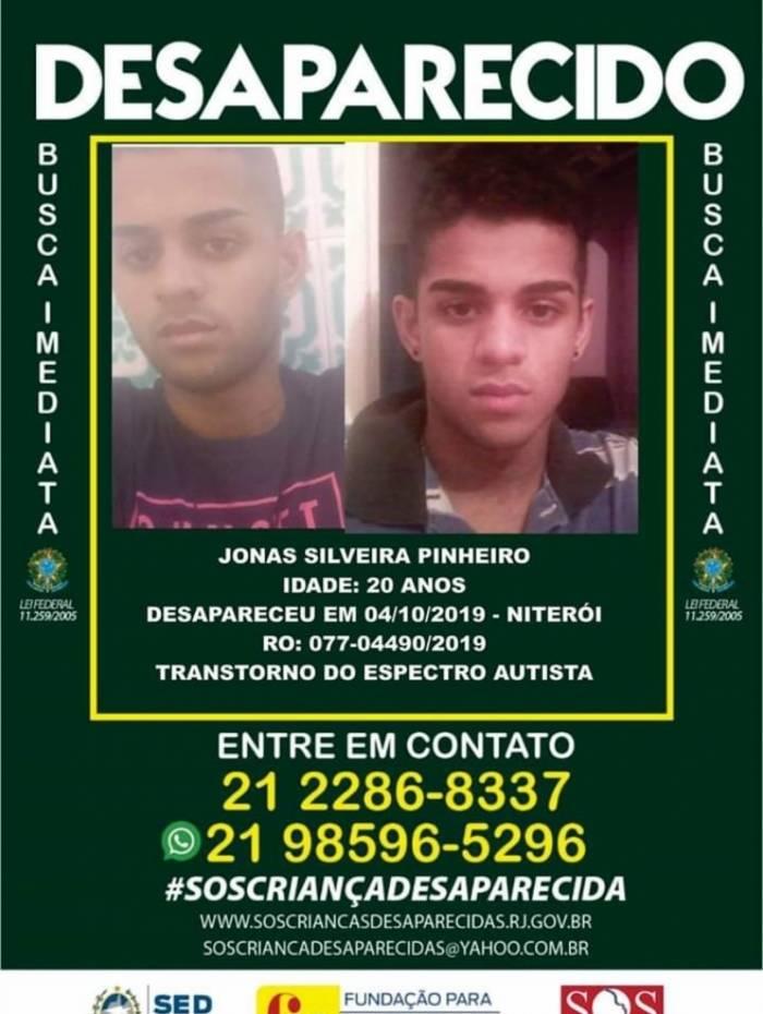 Familiares divulgaram o número (21) 2286-8337 ou (21) 98596-5296 para informações sobre o rapaz