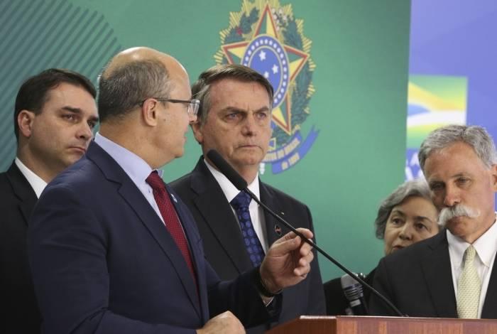 O governador do Rio de Janeiro, Wilson Witzel, vem descolando a sua imagem à do presidente da República, Jair Bolsonaro