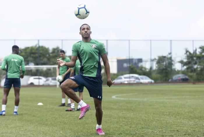 João Pedro no treino do Fluminense