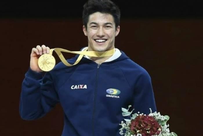 Arthur Nory ganhou a medalha de ouro no Mundial de Ginástica