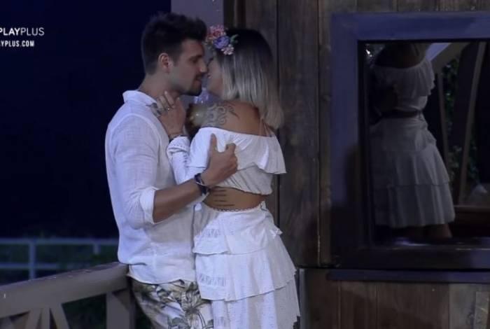 Tati Dias e Guilherme Leão vivem romance animado em 'A Fazenda'